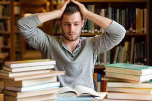 Как написать диплом за день Советы Центр помощи студентам  Как выбрать актуальную тему для диплома